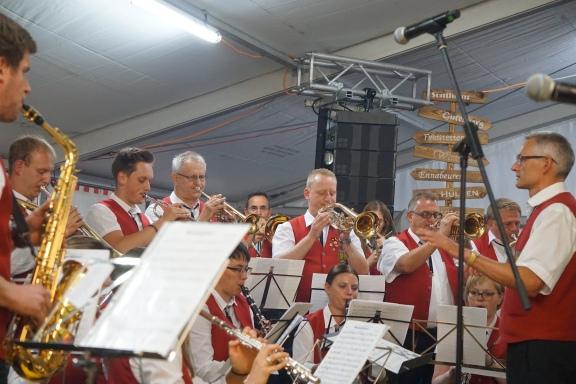 Eine schmissige Blas Kapelle aus Feldstetten: Mein Repräsentant für Blasmusik